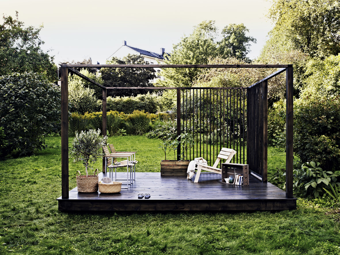 jardin aménagé avec terrasse